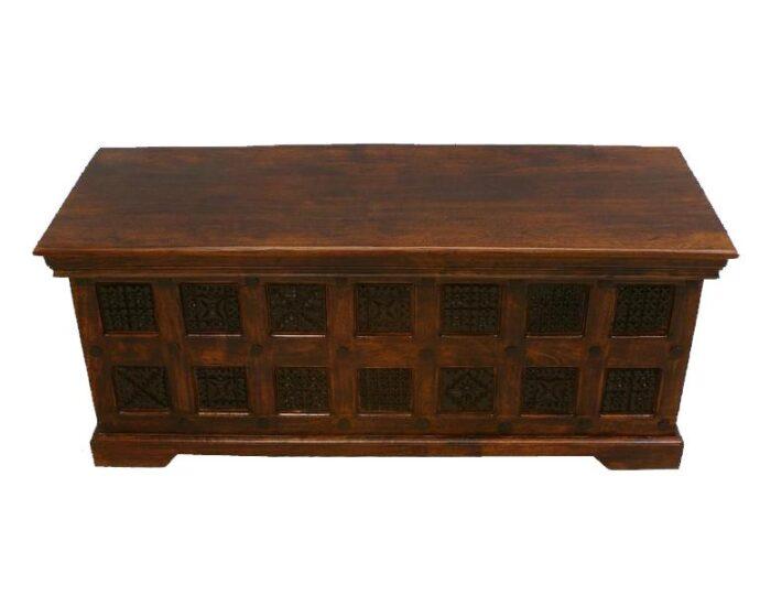 kufer-kolonialny-indyjski-z-litego-drewna-akacji-indyjskiej-z-rzezbieniami-3