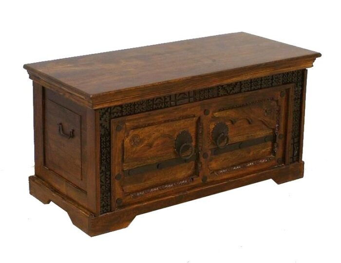 kufer-kolonialny-indyjski-z-litego-drewna-akacji-indyjskiej-z-rzezbieniami